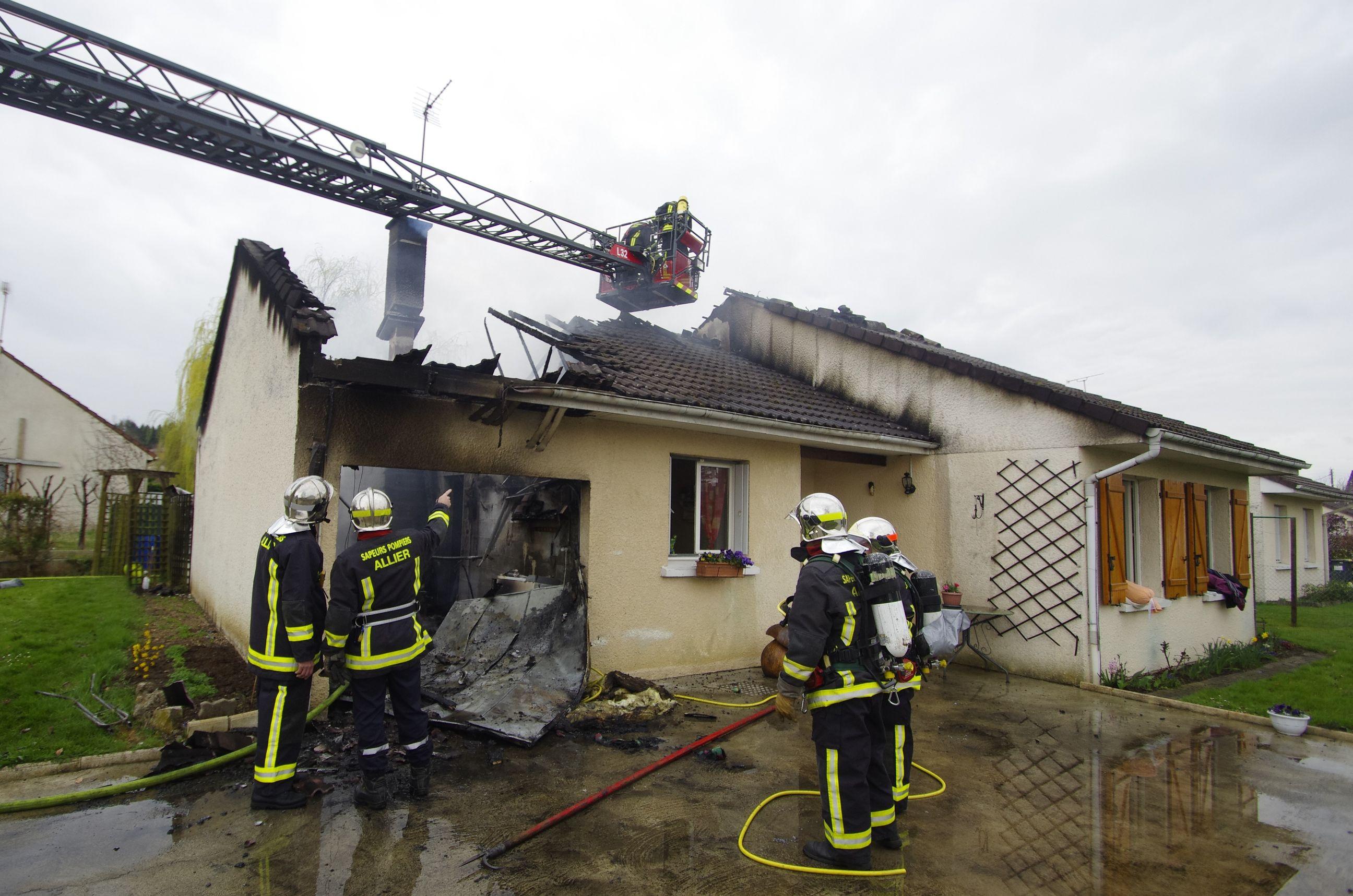 Incendie à Bellerive sur Allier
