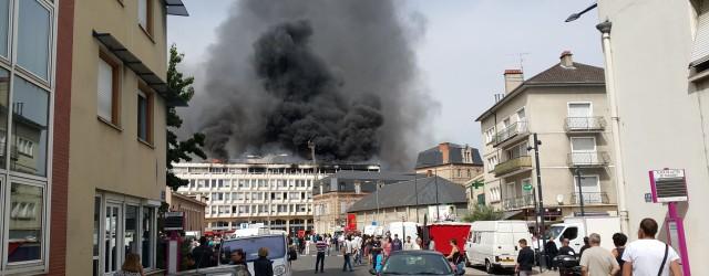 Date : 31/07/2015 – 10:05 Lieu : Rue Achille Roche – MOULINS Type de Sinistre :Feu de toiture  A 10h05 heures ce matin, un incendies'est déclaré dans les locauxabritant […]