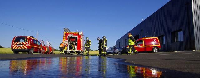 REPORTAGE Date: 26/06/2015 Commune: BIOZAT Lieu: Entreprise SED Type de Manœuvre: Incendie Levendredi 26 juin 2015, une manœuvre de lacompagnie de Gannat a été organisée sur la commune de Biozat. […]