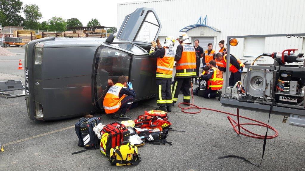 Bourbon l'Archambault : Formation SSSM – secours routier