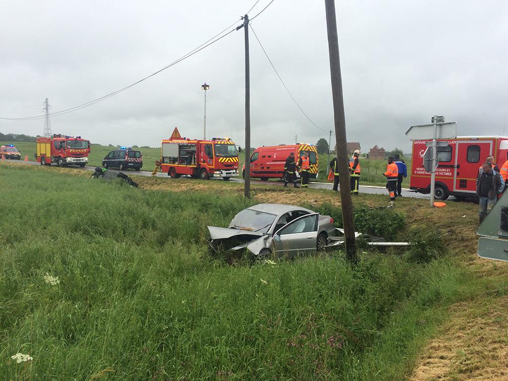 Accident entre 2 VL route de Neuilly le Réal