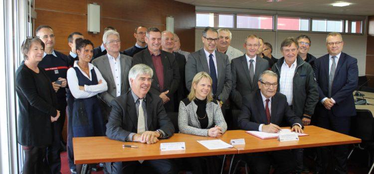 Signature de la convention entre le SDIS et le Conseil départemental