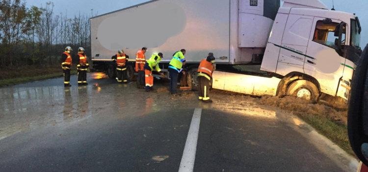 Dompierre sur Besbre : Accident PL