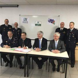 Signature de la convention entre le SDIS et le Crédit Agricole